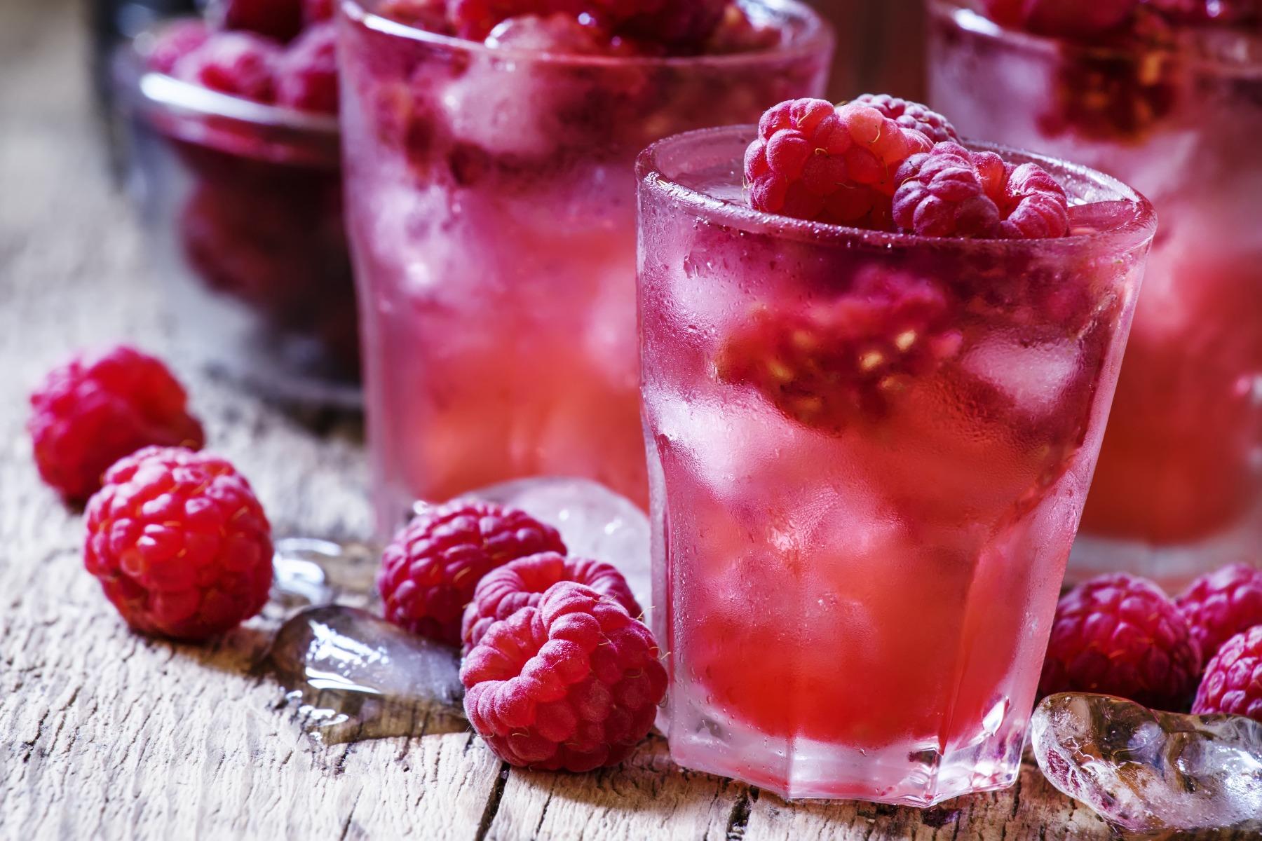 PrikenTik - Bartender - Raspberry Caipirinha